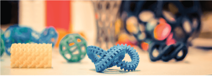 Products of 3D printing plastic manufacturing.